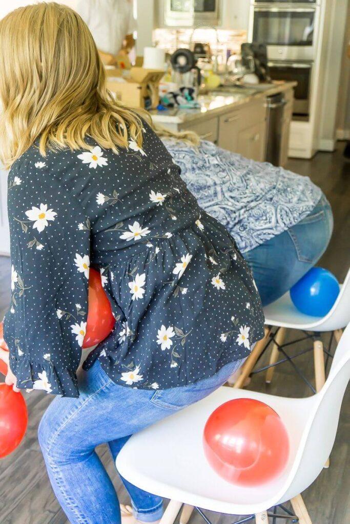 baby shower balloon game