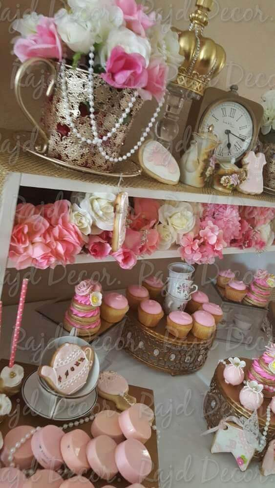 Modern baby shower themes for girls