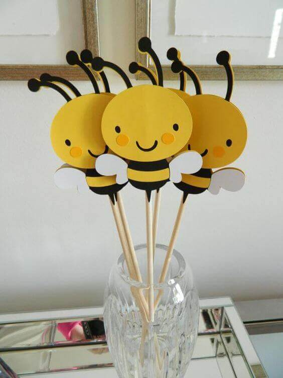 Bee Themed Baby Shower centerpiece